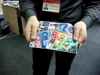 UV-samples on flexible banner printing by NEO UV-LED (Sunflower ink).jpg